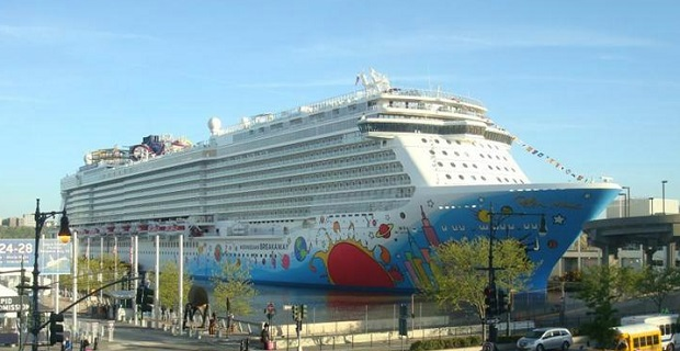 norwegian_cruise_line_breakaway_
