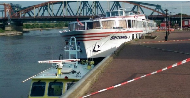 britania__cruise_ship-eisroi_idaton_