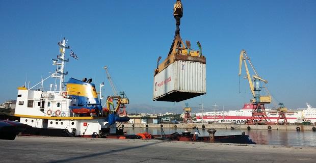 Μεγάλο φορτίο λαθραίου ουίσκυ σε ρυμουλκό πλοίο στο Ηράκλειο[pics] - e-Nautilia.gr   Το Ελληνικό Portal για την Ναυτιλία. Τελευταία νέα, άρθρα, Οπτικοακουστικό Υλικό
