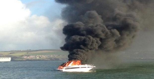 Πλήρωμα διασώθηκε από φωτιά σε πλοηγίδα - e-Nautilia.gr | Το Ελληνικό Portal για την Ναυτιλία. Τελευταία νέα, άρθρα, Οπτικοακουστικό Υλικό