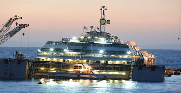 Μια ματιά κάτω από το αναδυόμενο Concordia [video] - e-Nautilia.gr | Το Ελληνικό Portal για την Ναυτιλία. Τελευταία νέα, άρθρα, Οπτικοακουστικό Υλικό