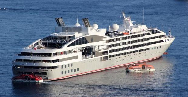 "H άφιξη του ""LE SOLEAL"" στον Πειραιά [video] - e-Nautilia.gr | Το Ελληνικό Portal για την Ναυτιλία. Τελευταία νέα, άρθρα, Οπτικοακουστικό Υλικό"