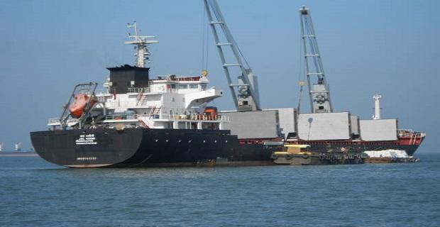 Παράφρων πλοίαρχος κινείται απειλητικά προς Ινδικό λιμάνι - e-Nautilia.gr | Το Ελληνικό Portal για την Ναυτιλία. Τελευταία νέα, άρθρα, Οπτικοακουστικό Υλικό