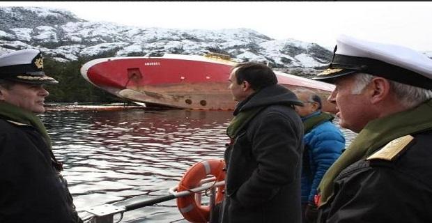 Μεγάλη κλίση για το πλοίο «Amadeo 1» [video+pics] - e-Nautilia.gr | Το Ελληνικό Portal για την Ναυτιλία. Τελευταία νέα, άρθρα, Οπτικοακουστικό Υλικό