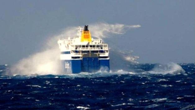 Aυτό θα πει… «μάχη» με τα κύματα!!! - e-Nautilia.gr | Το Ελληνικό Portal για την Ναυτιλία. Τελευταία νέα, άρθρα, Οπτικοακουστικό Υλικό