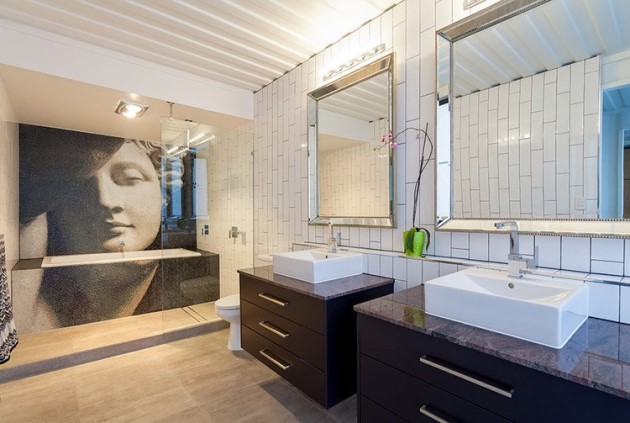 Εξίσου μοντέρνο και το μπάνιο με μία μοναδική μπανιέρα-έργο τέχνης!