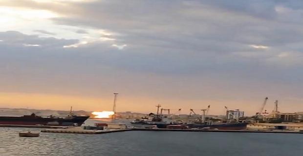 ΑΠΙΣΤΕΥΤΟ ΒΙΝΤΕΟ:  Έλληνες ναυτικοί καταγράφουν την συντριβή αεροσκάφους! - e-Nautilia.gr | Το Ελληνικό Portal για την Ναυτιλία. Τελευταία νέα, άρθρα, Οπτικοακουστικό Υλικό