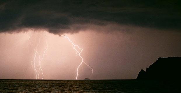 Χαλάει ο καιρός από αύριο!Έρχονται βροχές και καταιγίδες - e-Nautilia.gr | Το Ελληνικό Portal για την Ναυτιλία. Τελευταία νέα, άρθρα, Οπτικοακουστικό Υλικό
