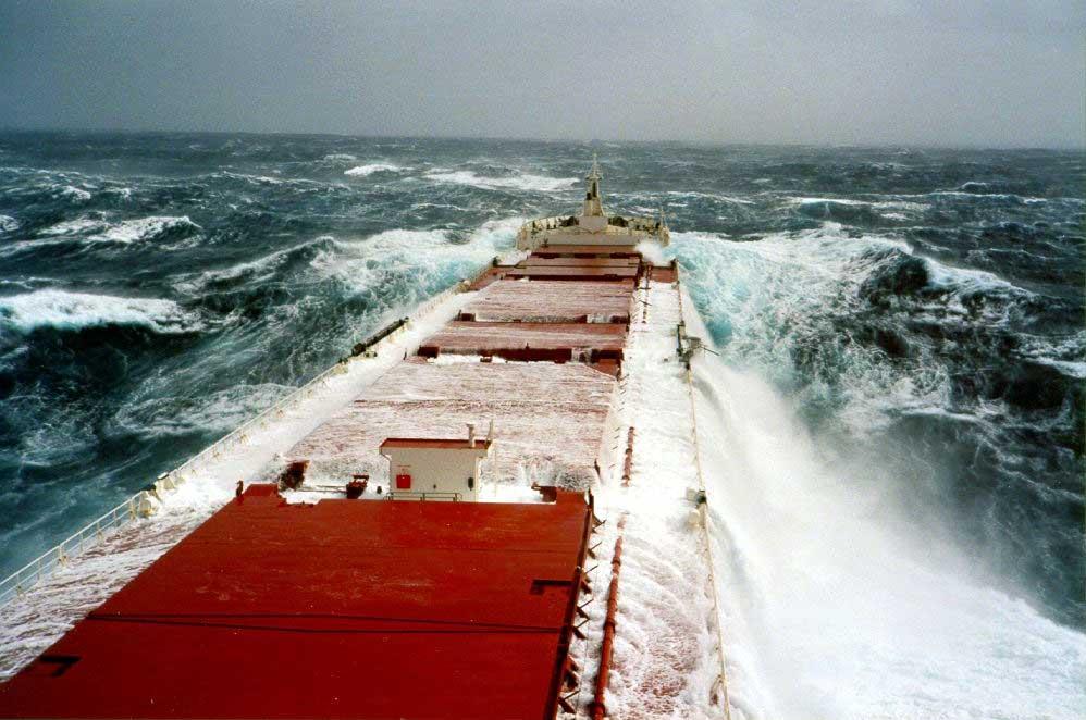 Xoρεύοντας στα κύματα… - e-Nautilia.gr | Το Ελληνικό Portal για την Ναυτιλία. Τελευταία νέα, άρθρα, Οπτικοακουστικό Υλικό