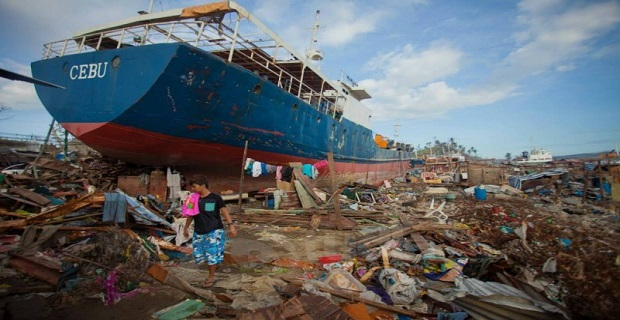 Ένα χρόνο μετά τον σουπερ τυφώνα 7 πλοία παραμένουν προσαραγμένα στη στεριά! [pics] - e-Nautilia.gr   Το Ελληνικό Portal για την Ναυτιλία. Τελευταία νέα, άρθρα, Οπτικοακουστικό Υλικό