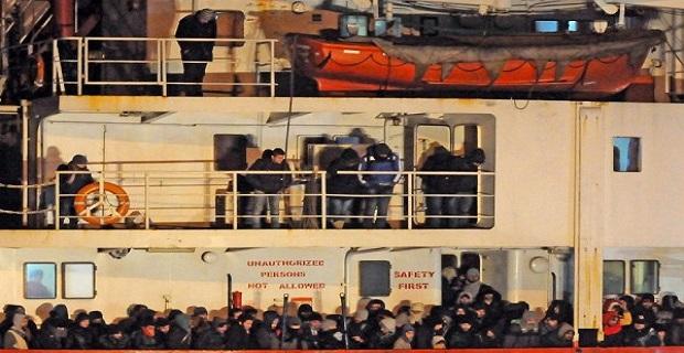 Το Blue Sky είχε 900 μετανάστες και το άφησαν στο έλεος του (;) - e-Nautilia.gr | Το Ελληνικό Portal για την Ναυτιλία. Τελευταία νέα, άρθρα, Οπτικοακουστικό Υλικό