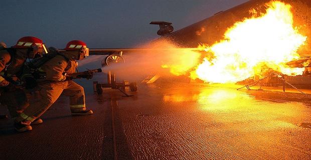 Πυρκαγιά σε  πλοίο στην Ελευσίνα - e-Nautilia.gr | Το Ελληνικό Portal για την Ναυτιλία. Τελευταία νέα, άρθρα, Οπτικοακουστικό Υλικό