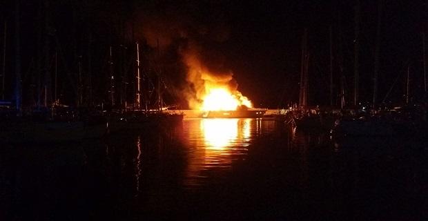 fire_yacht__