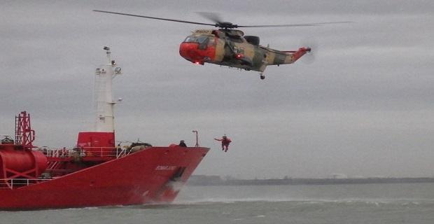 Πλοηγός έπεσε αναίσθητος την στιγμή που βρισκόταν στη γέφυρα [pics] - e-Nautilia.gr | Το Ελληνικό Portal για την Ναυτιλία. Τελευταία νέα, άρθρα, Οπτικοακουστικό Υλικό