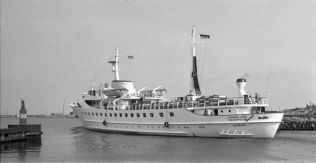 Πορτοκαλής Ήλιος: Το πλοίο που άφησε εποχή στη γραμμή του Σαρωνικού (Video+Photos) - e-Nautilia.gr | Το Ελληνικό Portal για την Ναυτιλία. Τελευταία νέα, άρθρα, Οπτικοακουστικό Υλικό