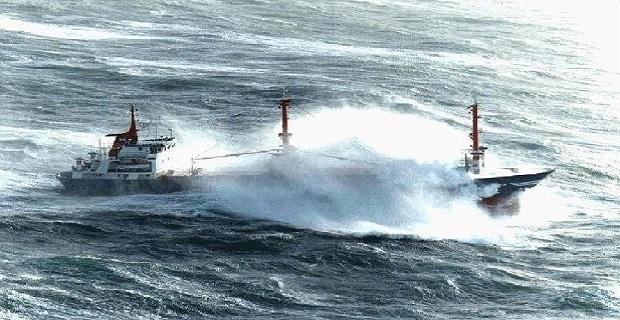 ship_storm_