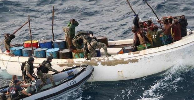 Αποζημίωση σε Σομαλούς πειρατές θα καταβάλλει η Γαλλία - e-Nautilia.gr | Το Ελληνικό Portal για την Ναυτιλία. Τελευταία νέα, άρθρα, Οπτικοακουστικό Υλικό