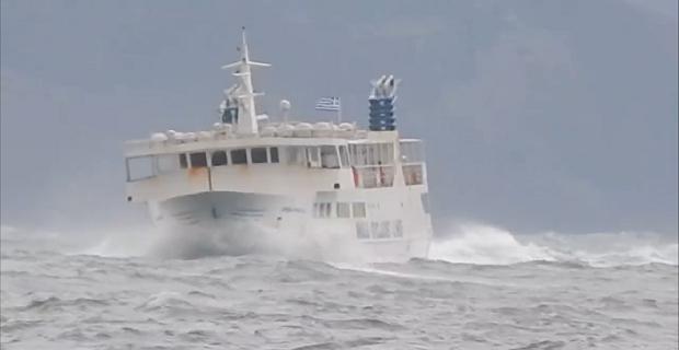 Δείτε σε βίντεο τον «Σκοπελίτη» να δίνει πραγματική μάχη με τα κύματα! - e-Nautilia.gr | Το Ελληνικό Portal για την Ναυτιλία. Τελευταία νέα, άρθρα, Οπτικοακουστικό Υλικό