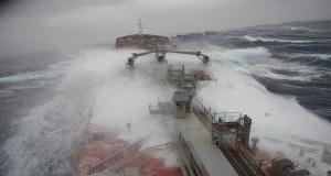 Γιατί επιπλέει ένα πλοίο; Ποια η σημασία του ύψους εξάλων και τι σχέση έχουν με την εφεδρική πλευστότητα;