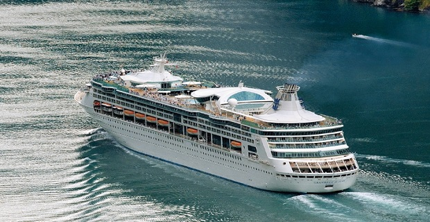 grandeur_of_the_seas_cruiseship_