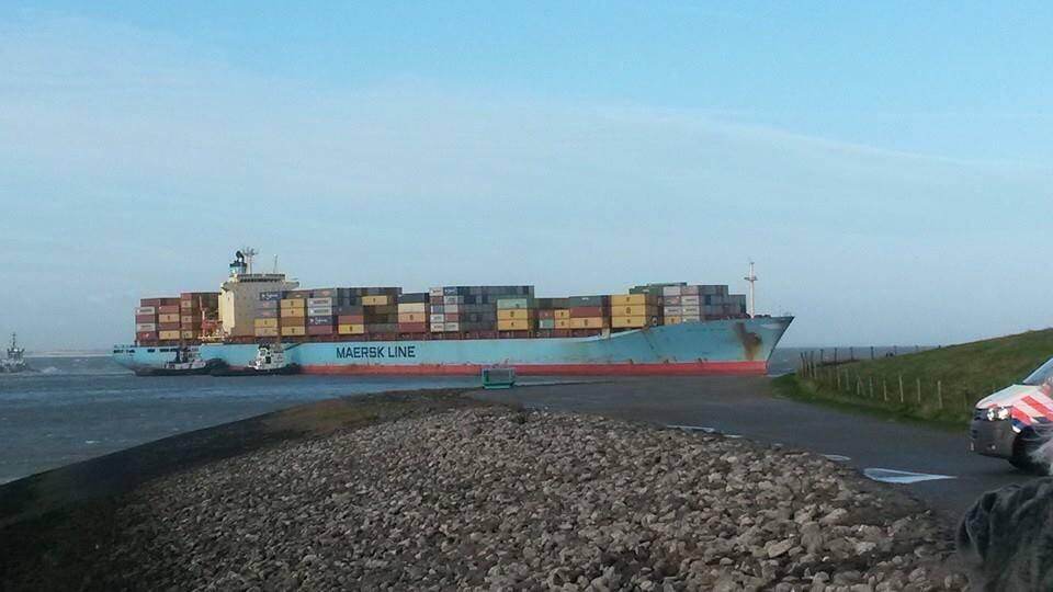 Κοντέινερσιπ της Maersk προσάραξε κοντά στην Αμβέρσα[pics+vid] - e-Nautilia.gr | Το Ελληνικό Portal για την Ναυτιλία. Τελευταία νέα, άρθρα, Οπτικοακουστικό Υλικό