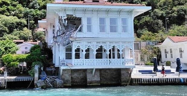 Πλοίο πέφτει πάνω σε βίλα στον Βόσπορο[video] - e-Nautilia.gr | Το Ελληνικό Portal για την Ναυτιλία. Τελευταία νέα, άρθρα, Οπτικοακουστικό Υλικό