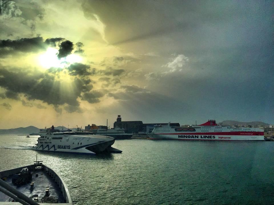 Από την πλώρη του Paros Jet… - e-Nautilia.gr | Το Ελληνικό Portal για την Ναυτιλία. Τελευταία νέα, άρθρα, Οπτικοακουστικό Υλικό