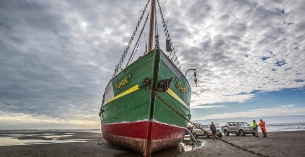 Iστορικό πλοίο προσάραξε σε ποταμό και έπειτα διαλύθηκε [vid+pics] - e-Nautilia.gr | Το Ελληνικό Portal για την Ναυτιλία. Τελευταία νέα, άρθρα, Οπτικοακουστικό Υλικό