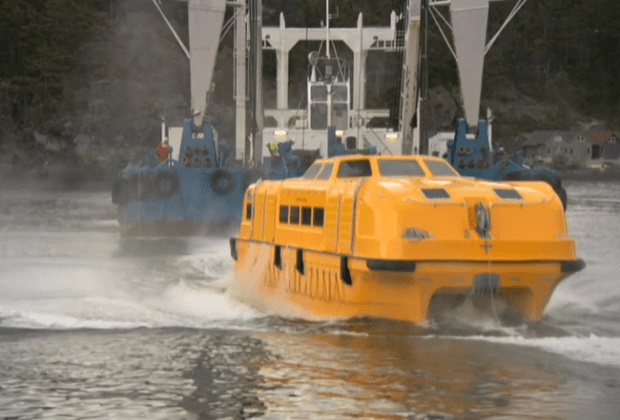 oasis_class_lifeboat