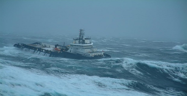 ship_in_storm_
