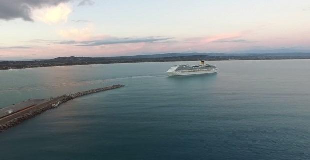 Εκπληκτικό βίντεο από αέρος του κρουαζιερόπλοιου Costa Pacifica στο Κατάκολο - e-Nautilia.gr | Το Ελληνικό Portal για την Ναυτιλία. Τελευταία νέα, άρθρα, Οπτικοακουστικό Υλικό