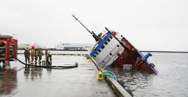 Πλοίο βυθίστηκε επειδή ξέχασαν ανοιχτά τα φινιστρίνια! [pics] - e-Nautilia.gr | Το Ελληνικό Portal για την Ναυτιλία. Τελευταία νέα, άρθρα, Οπτικοακουστικό Υλικό