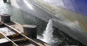 """""""Εισβολείς από την θάλασσα"""": Οι μικροοργανισμοί που μεταφέρονται με το έρμα των εμπορικών πλοίων (video)"""