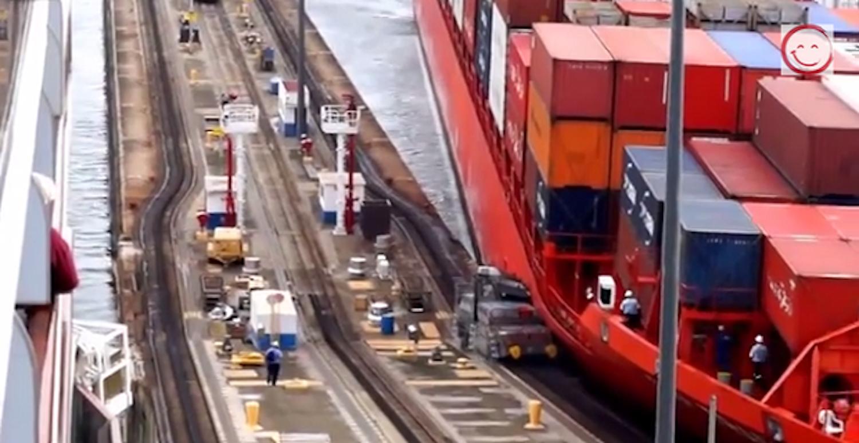 Πάρτο αλλιώς!!!Containership διαλύει φορτηγάκι στον Παναμά (Video) - e-Nautilia.gr | Το Ελληνικό Portal για την Ναυτιλία. Τελευταία νέα, άρθρα, Οπτικοακουστικό Υλικό