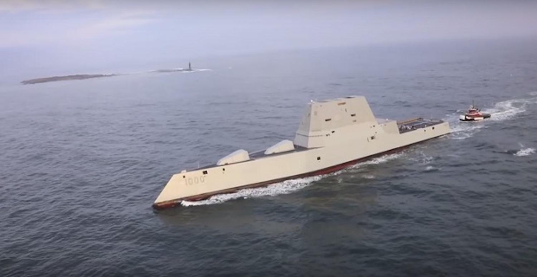 Εντυπωσιακό βίντεο από ψηλά με drone του αντιτορπιλικού Zumwalt των 4,4 δισ. Δολαρίων! - e-Nautilia.gr | Το Ελληνικό Portal για την Ναυτιλία. Τελευταία νέα, άρθρα, Οπτικοακουστικό Υλικό