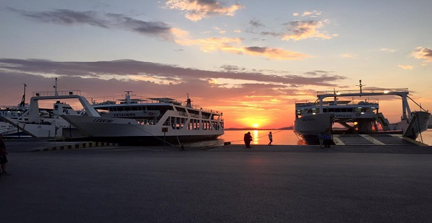Aδράνεια του ΥΕΝ για τα προβλήματα των ναυτεργατών στην πορθμειακή γραμμή Κέρκυρας – Ηγουμενίτσας - e-Nautilia.gr | Το Ελληνικό Portal για την Ναυτιλία. Τελευταία νέα, άρθρα, Οπτικοακουστικό Υλικό