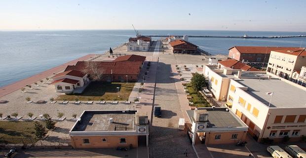 Επίσκεψη Γ.Γ. Λιμένων και κλιμακίου στελεχών του ΥΝΑ στο λιμάνι της Θεσσαλονίκης - e-Nautilia.gr | Το Ελληνικό Portal για την Ναυτιλία. Τελευταία νέα, άρθρα, Οπτικοακουστικό Υλικό