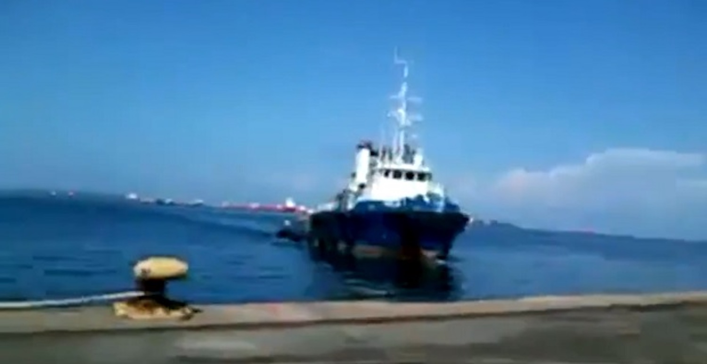 Ρυμουλκό χτυπάει με φόρα στο ντόκο ! (Video) - e-Nautilia.gr | Το Ελληνικό Portal για την Ναυτιλία. Τελευταία νέα, άρθρα, Οπτικοακουστικό Υλικό