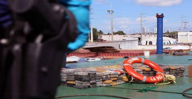 2000 κιλά κοκαΐνης βρέθηκαν κάτω από κατάστρωμα πλοίου στο Μαϊάμι - e-Nautilia.gr | Το Ελληνικό Portal για την Ναυτιλία. Τελευταία νέα, άρθρα, Οπτικοακουστικό Υλικό