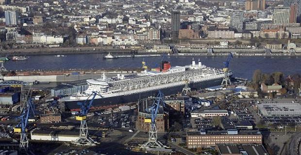 """Στο Αμβούργο για """"λιφτινγκ"""" το Queen Mary 2 (video) - e-Nautilia.gr   Το Ελληνικό Portal για την Ναυτιλία. Τελευταία νέα, άρθρα, Οπτικοακουστικό Υλικό"""