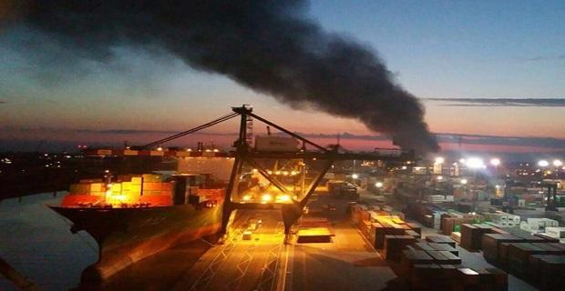 Έπιασε φωτιά γερανός σε λιμάνι της Βενετίας - e-Nautilia.gr | Το Ελληνικό Portal για την Ναυτιλία. Τελευταία νέα, άρθρα, Οπτικοακουστικό Υλικό