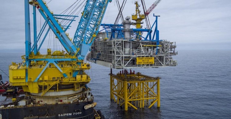 Η εγκατάσταση του άνω τμήματος εξέδρας εξόρυξης πετρελαίου στη Νορβηγία (video) - e-Nautilia.gr | Το Ελληνικό Portal για την Ναυτιλία. Τελευταία νέα, άρθρα, Οπτικοακουστικό Υλικό