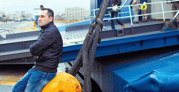 Οικονομική ενίσχυση των ανέργων ναυτικών για τα Χριστούγεννα - e-Nautilia.gr | Το Ελληνικό Portal για την Ναυτιλία. Τελευταία νέα, άρθρα, Οπτικοακουστικό Υλικό