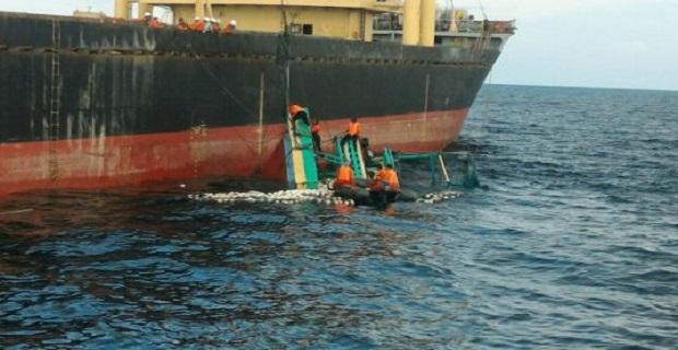 Τρεις νεκροί, δώδεκα αγνοούμενοι από σύγκρουση πλοίων στην Ινδονησία - e-Nautilia.gr | Το Ελληνικό Portal για την Ναυτιλία. Τελευταία νέα, άρθρα, Οπτικοακουστικό Υλικό