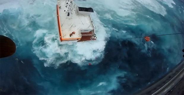 Βίντεο: Η δραματική διάσωση των ναυτικών στην Άνδρο - e-Nautilia.gr   Το Ελληνικό Portal για την Ναυτιλία. Τελευταία νέα, άρθρα, Οπτικοακουστικό Υλικό