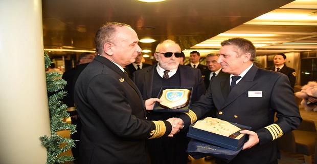To «Blue Star Delos» το πρώτο πλοίο που κατέπλευσε στο Λιμάνι του Πειραιά - e-Nautilia.gr   Το Ελληνικό Portal για την Ναυτιλία. Τελευταία νέα, άρθρα, Οπτικοακουστικό Υλικό