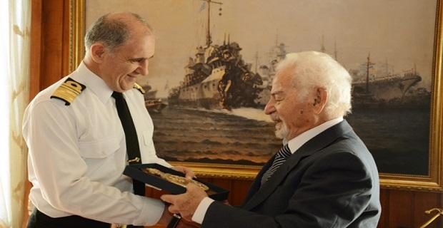 Συνάντηση Αρχηγού ΓΕΝ με τον τελευταίο επιζώντα του Αντιτορπιλικού ΑΔΡΙΑΣ, Γεώργιο Τασσά - e-Nautilia.gr | Το Ελληνικό Portal για την Ναυτιλία. Τελευταία νέα, άρθρα, Οπτικοακουστικό Υλικό