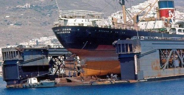 Σε εξαιρετικό κλίμα η συνάντηση του ΥΝΑ με τους εργαζόμενους στα Ναυπηγεία Ελευσίνας - e-Nautilia.gr | Το Ελληνικό Portal για την Ναυτιλία. Τελευταία νέα, άρθρα, Οπτικοακουστικό Υλικό