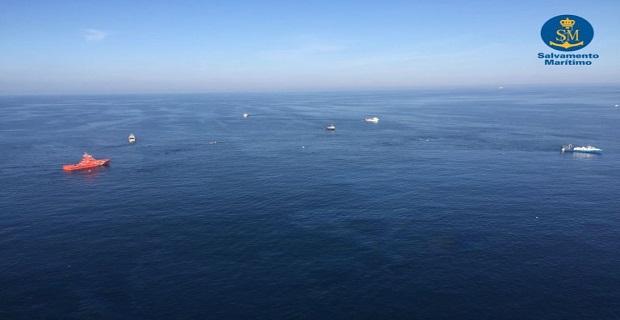 Δυο αγνοούμενοι από σύγκρουση τάνκερ με αλιευτικό στη Βαρκελώνη (video) - e-Nautilia.gr | Το Ελληνικό Portal για την Ναυτιλία. Τελευταία νέα, άρθρα, Οπτικοακουστικό Υλικό