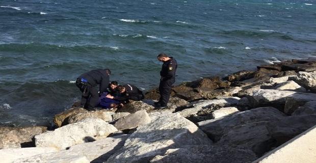 Αγνοούμενος καπετάνιος βρέθηκε να παλεύει στα κύματα με το σωσίβιο του - e-Nautilia.gr | Το Ελληνικό Portal για την Ναυτιλία. Τελευταία νέα, άρθρα, Οπτικοακουστικό Υλικό